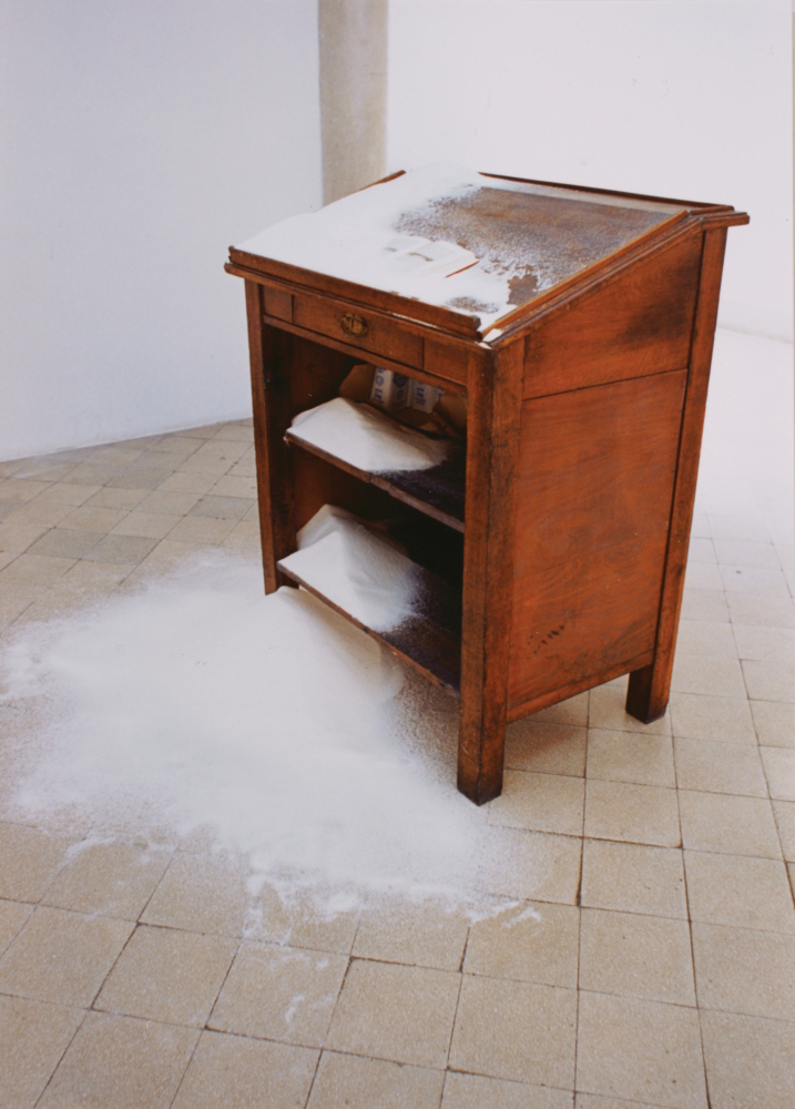 attila szucs, flood, installation, writing desk, 50kg sugar, 140x85x62cm, 1993